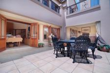 Patio - 48 square meters of property in Woodhill Golf Estate