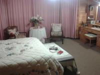 Main Bedroom of property in Mossel Bay