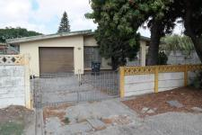 4 Bedroom 2 Bathroom House for Sale for sale in Parrow Valley