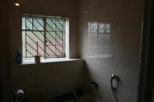 Main Bathroom - 5 square meters of property in Emalahleni (Witbank)