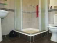 Main Bathroom - 3 square meters of property in Marshallstown