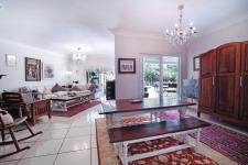 Dining Room - 41 square meters of property in Silver Lakes Golf Estate