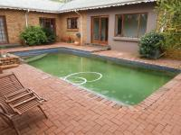 Entertainment - 28 square meters of property in Benoni