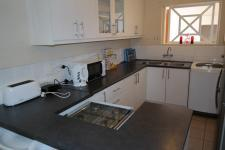 Kitchen - 12 square meters of property in Rondebosch