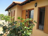 Patio - 25 square meters of property in Poortview A.H.