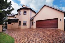 3 Bedroom 2 Bathroom House for Sale for sale in Cormallen Hill Estate