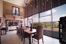 Dining Room - 10 square meters of property in Woodhill Golf Estate