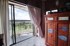 Main Bedroom - 30 square meters of property in Woodhill Golf Estate