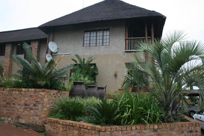 7 Bedroom House for Sale and to Rent For Sale in Emalahleni (Witbank)  - Home Sell - MR122897