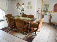 Dining Room - 21 square meters of property in Bonaero Park