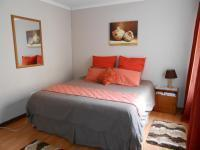 Bed Room 4 - 12 square meters of property in Bonaero Park