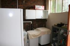 Scullery - 10 square meters of property in Clubview