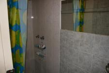 Bathroom 2 - 2 square meters of property in Clubview