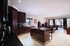 Kitchen - 17 square meters of property in Cormallen Hill Estate
