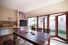 Patio - 33 square meters of property in Cormallen Hill Estate