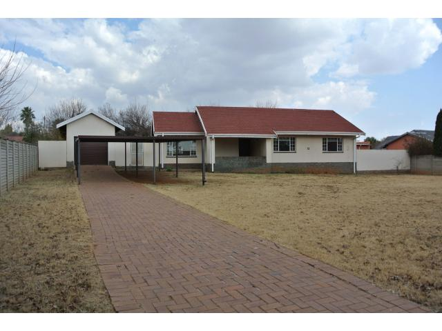 3 Bedroom House For Sale in Vaalpark - Private Sale - MR122982