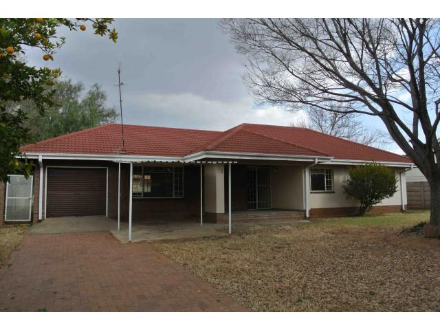 3 Bedroom House for Sale For Sale in Vaalpark - Private Sale - MR122984