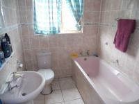 Main Bathroom - 3 square meters of property in Palm Beach
