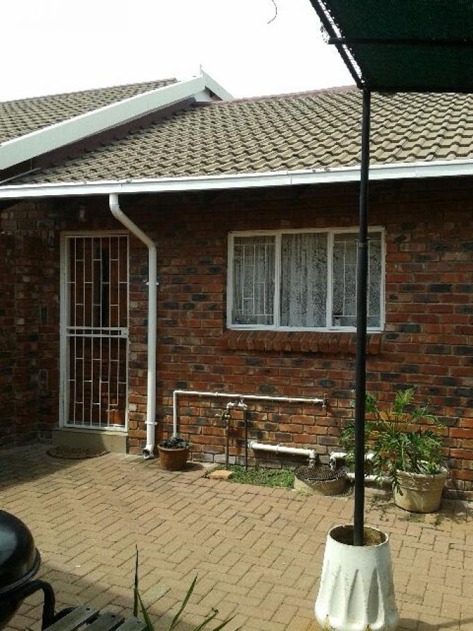 3 Bedroom Sectional Title For Sale in Rustenburg - Home Sell - MR122998