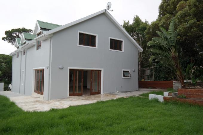 5 Bedroom House for Sale For Sale in Hout Bay   - Private Sale - MR123011