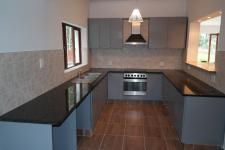 Kitchen - 9 square meters of property in Hout Bay