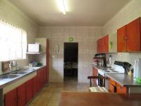 Kitchen - 25 square meters of property in Greenhills
