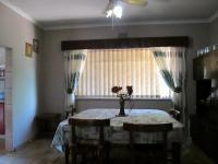 Dining Room - 12 square meters of property in Greenhills