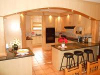 Kitchen - 16 square meters of property in Montana Park