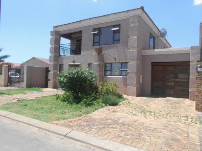 Standard Bank Repossessed 3 Bedroom House for Sale on online auction in Lenasia - MR123046