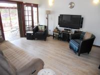 Lounges - 17 square meters of property in Margate