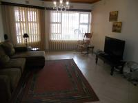 Lounges - 46 square meters of property in Shallcross