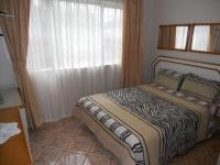 Bed Room 1 - 10 square meters of property in Shallcross
