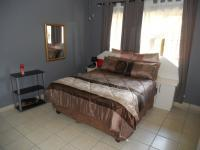 Main Bedroom - 14 square meters of property in Paradise Valley