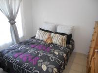 Bed Room 1 - 9 square meters of property in Paradise Valley