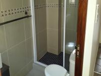 Bathroom 2 - 4 square meters of property in Kosmosdal