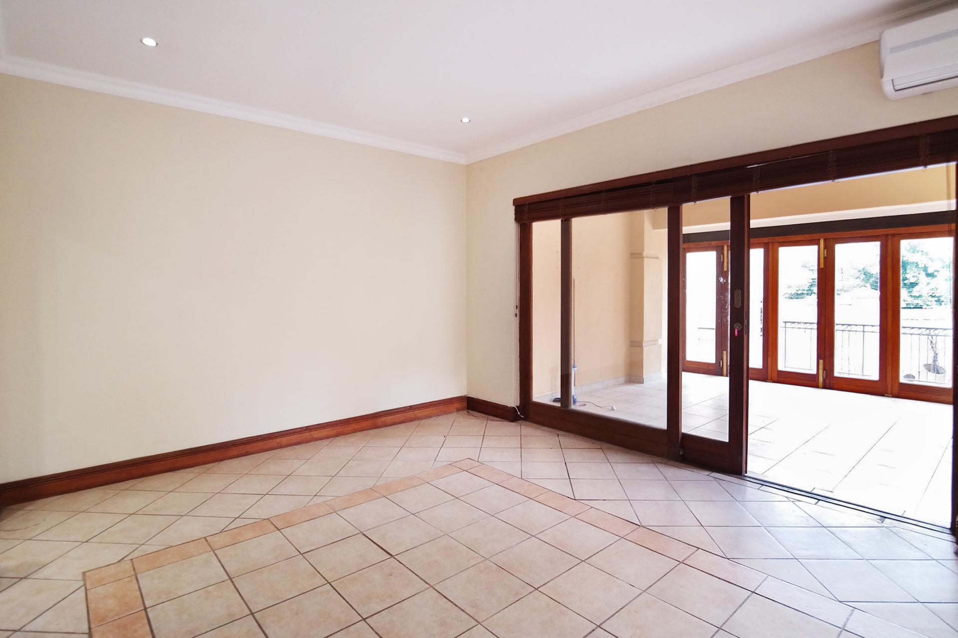 Dining Room - 15 square meters of property in Boardwalk Manor Estate