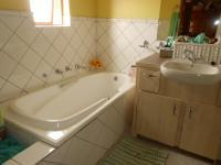Main Bathroom - 6 square meters of property in Montana Park