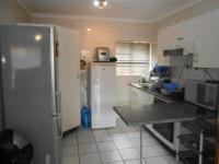 Kitchen - 13 square meters of property in Safari Tuine