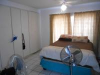 Main Bedroom - 18 square meters of property in Safari Tuine