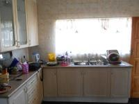 Kitchen - 21 square meters of property in Meyerton