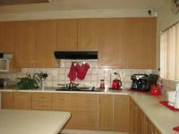 Kitchen - 21 square meters of property in Constantia Kloof