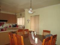 Dining Room - 11 square meters of property in Constantia Kloof