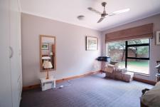 Bed Room 2 - 18 square meters of property in Woodhill Golf Estate