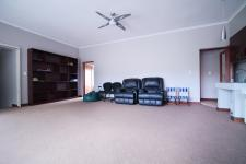 Entertainment of property in Woodhill Golf Estate