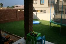 Patio - 7 square meters of property in Equestria
