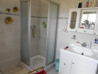 Main Bathroom - 16 square meters of property in Selcourt