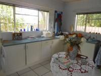Kitchen - 74 square meters of property in Selcourt