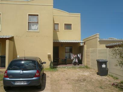 3 Bedroom Duplex For Sale in Kuils River - Home Sell - MR12327