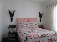 Main Bedroom - 11 square meters of property in Roodepoort