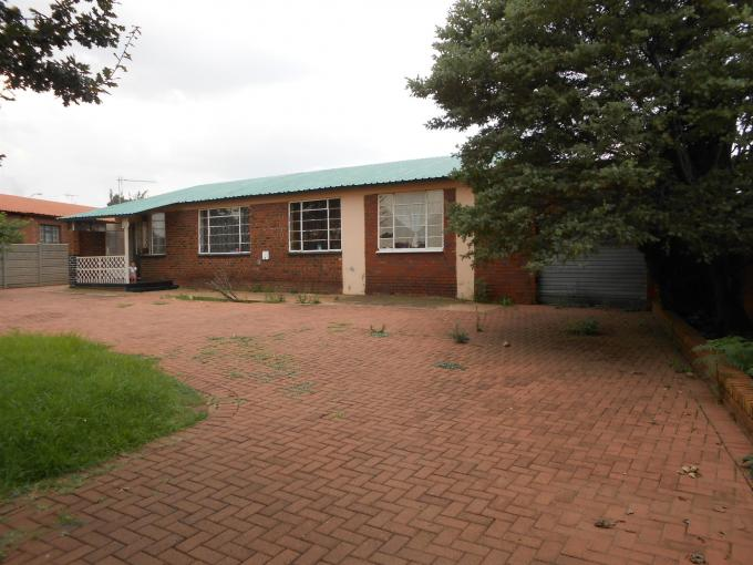 3 Bedroom House for Sale For Sale in Boksburg - Private Sale - MR123372